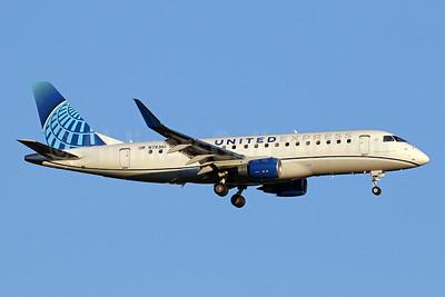 United Express-Mesa Airlines Embraer ERJ 170-200LR (ERJ 175) N78361 (msn 17000855) IAD (Brian McDonough). Image: 952612.