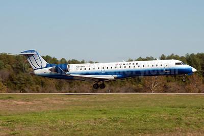 United Express-Mesa Airlines Bombardier CRJ700 (CL-600-2C10) N501MJ (msn 10047) JFK (Fred Freketic). Image: 950056.