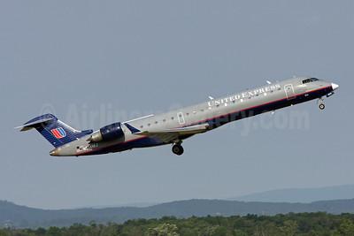 United Express-Mesa Airlines Bombardier CRJ700 (CL-600-2C10) N514MJ (msn 10116) IAD (Brian McDonough). Image: 913622.
