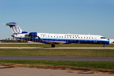 United Express-Mesa Airlines Bombardier CRJ700 (CL-600-2C10) N504MJ (msn 10066) CLT (Bruce Drum). Image: 100847.