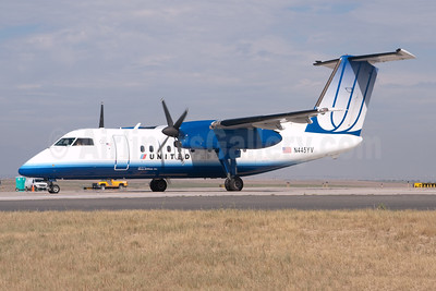United Express-Mesa Airlines Bombardier DHC-8-202 (Q200) N445YV (msn 445) DEN (Fred Freketic). Image: 950052.