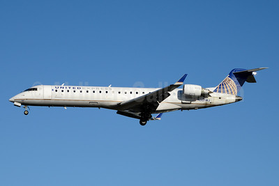 United Express-Mesa Airlines Bombardier CRJ700 (CL-600-2C10) N507MJ (msn 10077) YYZ (Jay Selman). Image: 403815.
