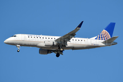 United Express-Mesa Airlines Embraer ERJ 170-200LR (ERJ 175) N87303 (msn 17000398) ATL (Jay Selman). Image: 403607.