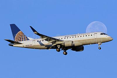 United Express-Mesa Airlines Embraer ERJ 170-200LR (ERJ 175) N85351 (msn 17000672) IAD (Brian McDonough). Image: 938969.