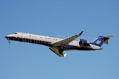 United Express-Mesa Airlines Bombardier CRJ700 (CL-600-2C10) N512MJ (msn 10109) CLT (Bruce Drum). Image: 103024.