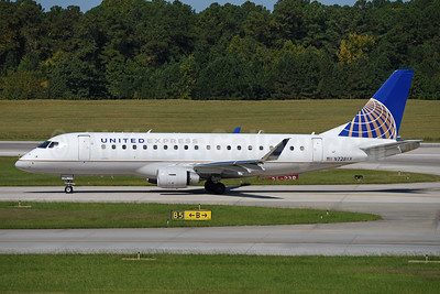 United Express-Republic Airlines (2nd) Embraer ERJ 170-200LR (ERJ 175) N728YX (msn 17000510) RDU (Ton Jochems). Image: 943221.