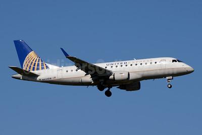 United Express-Shuttle America Embraer ERJ 170-100SE N631RW (msn 17000007) YYZ (Jay Selman). Image: 403822.