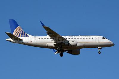 United Express-Shuttle America Embraer ERJ 170-100SE N855RW (msn 17000077) CLT (Jay Selman). Image: 403823.