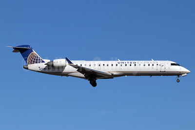 United Express-SkyWest Airlines Bombardier CRJ700 (CL-600-2C10) N788SK (msn 10290) SNA (Michael B. Ing). Image: 947327.