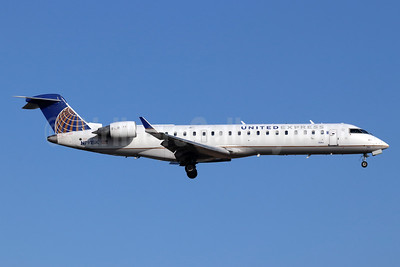 United Express-SkyWest Airlines Bombardier CRJ700 (CL-600-2C10) N791SK (msn 10293) SNA (Michael B. Ing). Image: 948240.