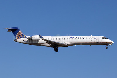 United Express-SkyWest Airlines Bombardier CRJ700 (CL-600-2C10) N780SK (msn 10277) SNA (Michael B. Ing). Image: 947326.