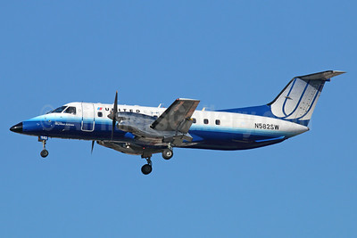 United Express-SkyWest Airlines Embraer EMB-120ER Brasilia N582SW (msn 120350) LAX (Michael B. Ing). Image: 936855.