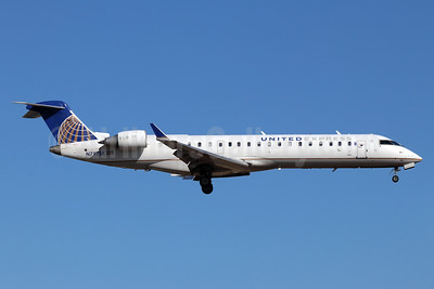 United Express-SkyWest Airlines Bombardier CRJ700 (CL-600-2C10) N797SK (msn 10301) SNA (Michael B. Ing). Image: 948241.