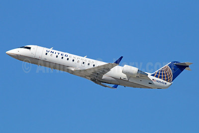 United Express-SkyWest Airlines Bombardier CRJ200 (CL-600-2B19) N954SW (msn 7815) LAX (Michael B. Ing). Image: 936124.