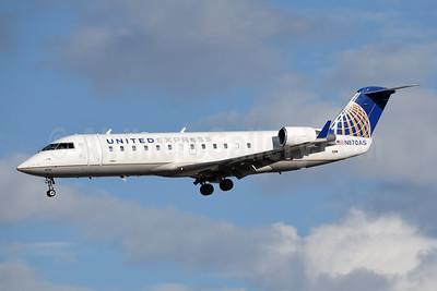 United Express-SkyWest Airlines Bombardier CRJ200 (CL-600-2B19) N870AS (msn 7530) PSP (Jay Selman). Image: 404106.