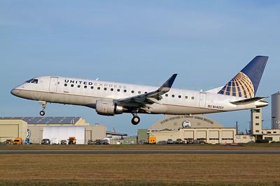 United Express-SkyWest Airlines Embraer ERJ 170-200LR (ERJ 175) N140SY (msn 17000470) PAE (Nick Dean). Image: 948139.