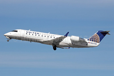 United Express-SkyWest Airlines Bombardier CRJ200 (CL-600-2B19) N927SW (msn 7693) LAX (Michael B. Ing). Image: 911075.