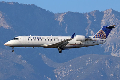 United Express-SkyWest Airlines Bombardier CRJ200 (CL-600-2B19) N913SW (msn 7597) ONT (Michael B. Ing). Image: 943210.
