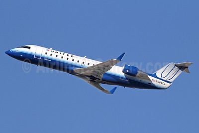 United Express-SkyWest Airlines Bombardier CRJ100 (CL-600-2B19) N984CA (msn 7171) LAX (Michael B. Ing). Image: 921592.