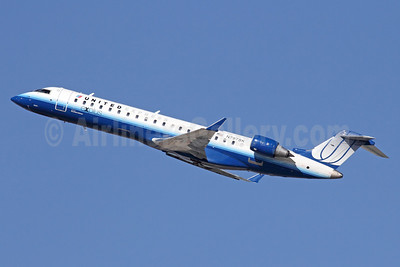 United Express-SkyWest Airlines Bombardier CRJ700 (CL-600-2C10) N797SK (msn 10301) LAX (Michael B. Ing). Image: 921600.