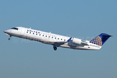 United Express-SkyWest Airlines Bombardier CRJ200 (CL-600-2B19) N945SW (msn 7770) LAX (Michael B. Ing). Image: 941709.