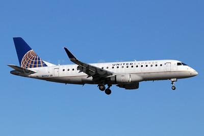 United Express-SkyWest Airlines Embraer ERJ 170-200LR (ERJ 175) N117SY (msn 17000416) SNA (Michael B. Ing). Image: 946135.