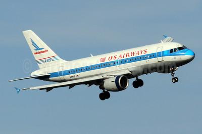 US Airways Airbus A319-112 N744P (msn 1287) (Piedmont Airlines retrojet) DCA (Brian McDonough). Image: 923753.