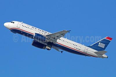 US Airways Airbus A320-232 N672AW (msn 2193) LAX (Michael B. Ing). Image: 930153.