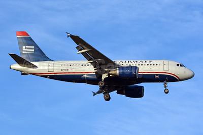 US Airways Airbus A319-112 N711UW (msn 1033) CLT (Jay Selman). Image: 403901.
