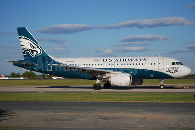 US Airways Airbus A319-112 N709UW (msn 997) (Philadelphia Eagles) CLT (Bruce Drum). Image: 101691.