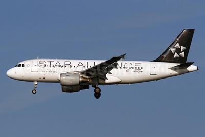 US Airways Airbus A319-112 N700UW (msn 885) (Star Alliance) DCA (Brian McDonough). Image: 913457.