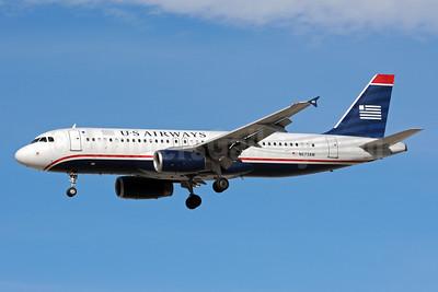 US Airways Airbus A320-232 N673AW (msn 2312) LAS (Bruce Drum). Image: 104011.