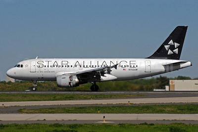 US Airways Airbus A319-112 N703UW (msn 904) (Star Alliance) CLT (Bruce Drum). Image: 101405.