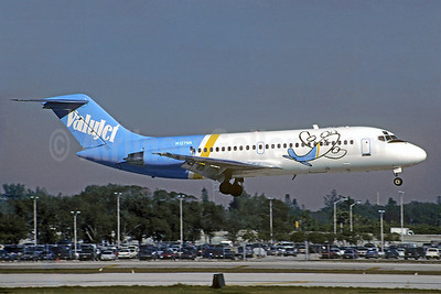 ValuJet Airlines Douglas DC-9-21 N127NK (msn 47361) FLL (Christian Volpati Collection). Image: 922112.