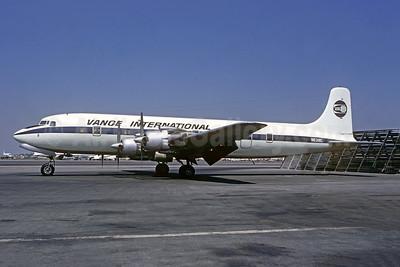 Vance International Airways-VIA Douglas DC-7B N6318C (msn 44282) BUR (Jacques Guillem Collection). Image: 948258.