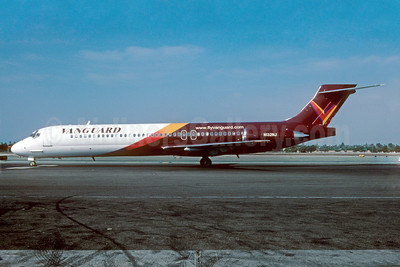 Airline Color Scheme - Introduced 2001 (maroon)