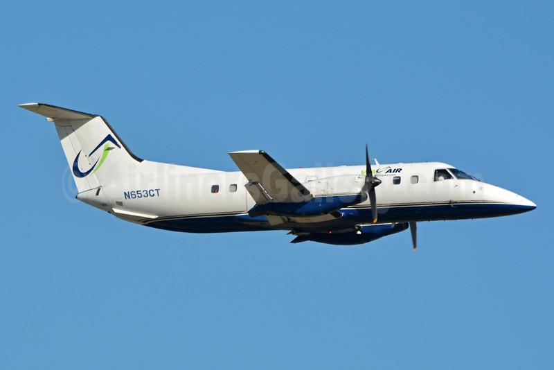 Via Air (Via Airlines) Embraer EMB-120 Brasilia N653CT (msn 120243) CLT (Jay Selman). Image: 403268.