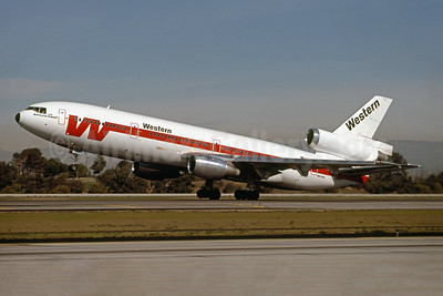 Western Airlines McDonnell Douglas DC-10-10 N912WA (msn 46645) LAX (Ron Monroe). Image: 944187.