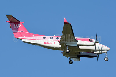 Wheels Up Beech King Air B300C N848UP (msn FL-1004) CLT (Jay Selman). Image: 403930.