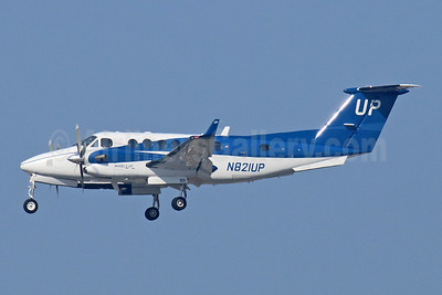 Wheels Up Beech King Air B300 N821UP (msn FL-908) LAX (Michael B. Ing). Image: 945546.