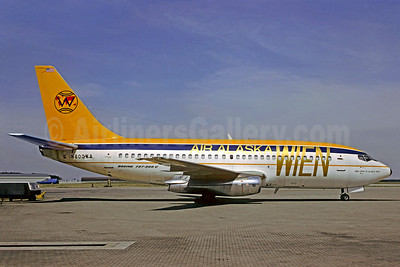 Airline Color Scheme - Introduced 1990