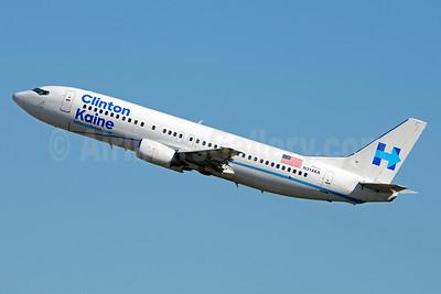 Clinton-Kaine - hillaryclinton.com (Xtra Airways) Boeing 737-484 N214XA (msn 25314) CLT (Jay Selman). Image: 403275.
