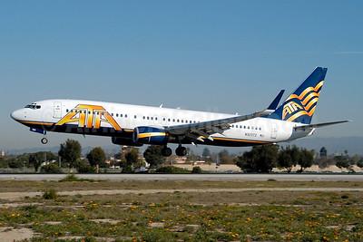 ATA Airlines Boeing 737-83N WL N323TZ (msn 30033) LAX (Roy Lock). Image: 934784.