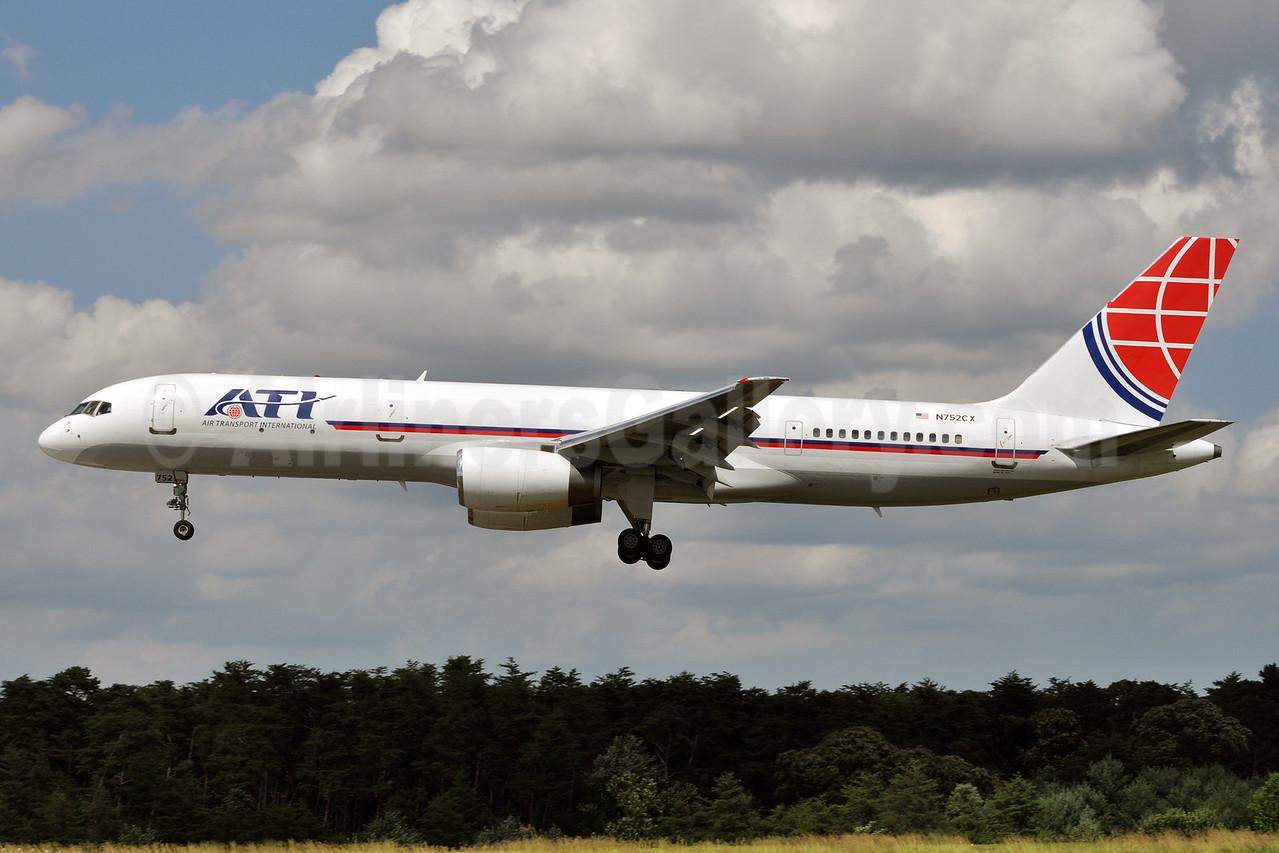 ATI-Air Transport International Boeing 757-2G5 (F) N752CX (msn 24451) BWI (Tony Storck). Image: 912873.