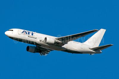 ATI-Air Transport International Boeing 767-232 (F) N762CX (msn 22225) PHX (Neil D. Rucker). Image: 945491.