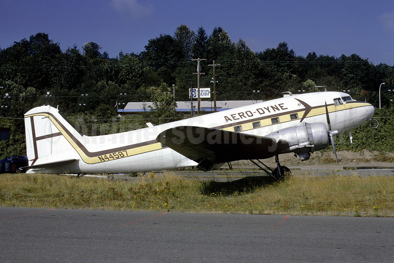 Aero-Dyne Airlines Douglas C-47A-DK (DC-3) N44587 (msn 12857) RNT (Bruce Drum). Image: 102262.