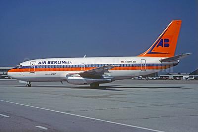 Air Berlin USA (Hapag Lloyd) Boeing 737-2K5 N2941W (msn 22596) (Hapag Lloyd colors) SZG (Christian Volpati Collection). Image: 925705.