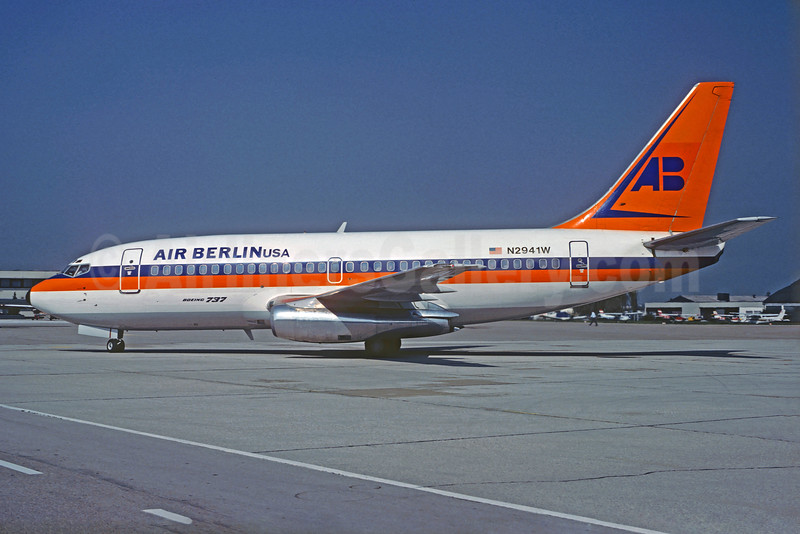 Air Berlin USA (Hapag Lloyd) Boeing 737-2K5 N2941W (msn 22596) (Hapag Lloyd colors) SZG (Christian Volpati Collection). Image: 925705.