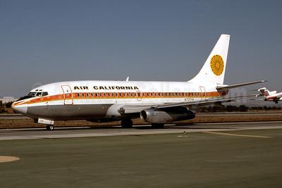 Air California Boeing 737-222 N73714 (msn 19072) (Aloha colors) LAX (Ron Monroe). Image: 944185.