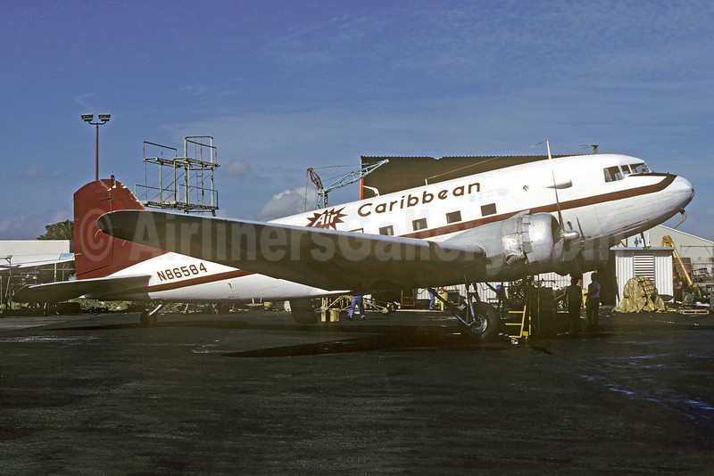 Air Caribbean (USA) Douglas DC-3-201G N86584 (msn 4935) SJU (Christian Volpati Collection). Image: 920928.